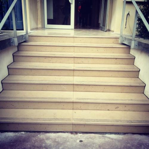 Escalier après restauration complète à Paris 15